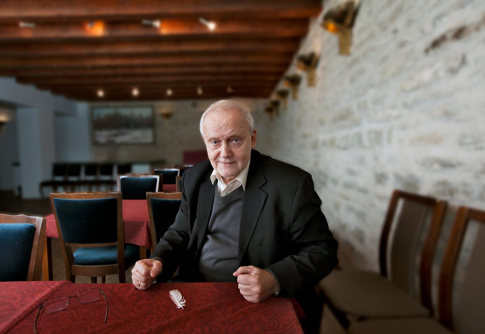 957a81c7942 Jaak Allik – : Eesti peaminister on koosoleku juhataja, mitte ...