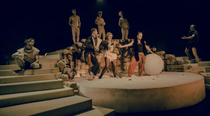 Caligula maailmaruum Mustas Kastis