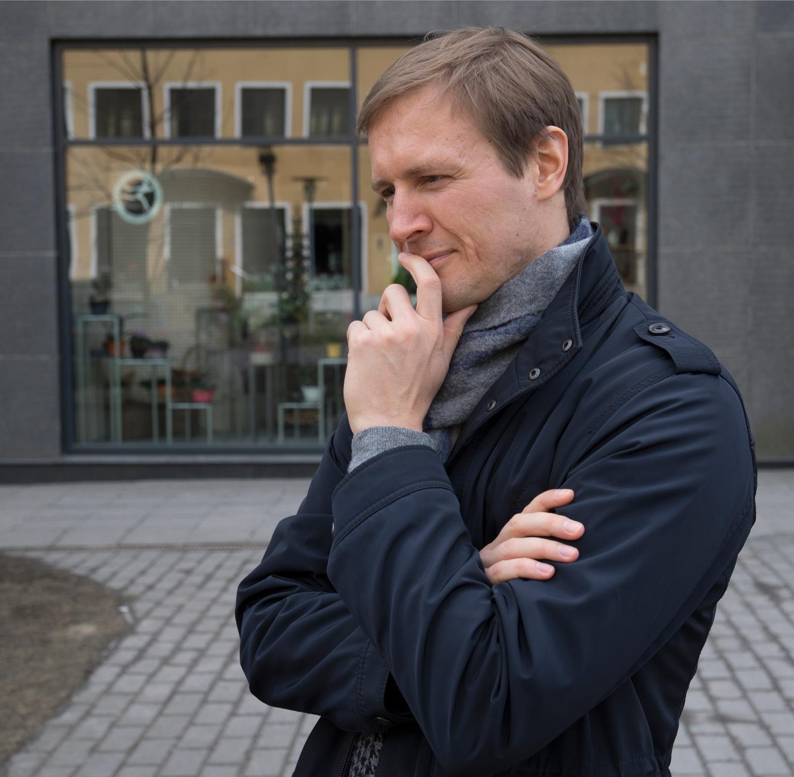 89cf744f70f Ivar Veskioja (I.V.): Huvitav mõte. See tuletab meelde Peterburi akadeemiku  Anatoly Zimichevi mõtteid, mida väidetavalt kasutas oma valimiskampaanias  Bill ...