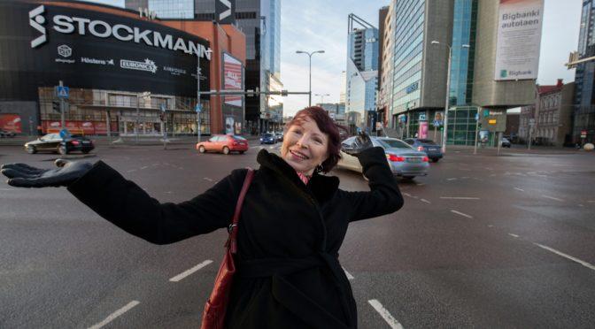 Kersti Kreismann – maatüdruk ostab lilled linnaturult